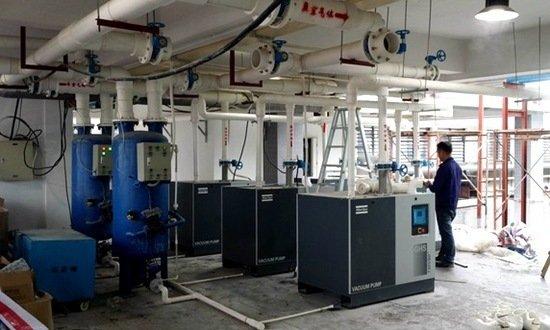 广东东方亮彩5台阿特拉斯GHS730真空泵安装